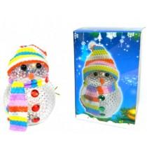 """Новогодняя фигурка """"Снеговик в шапке"""" с подсветкой 8 см (SH155)"""